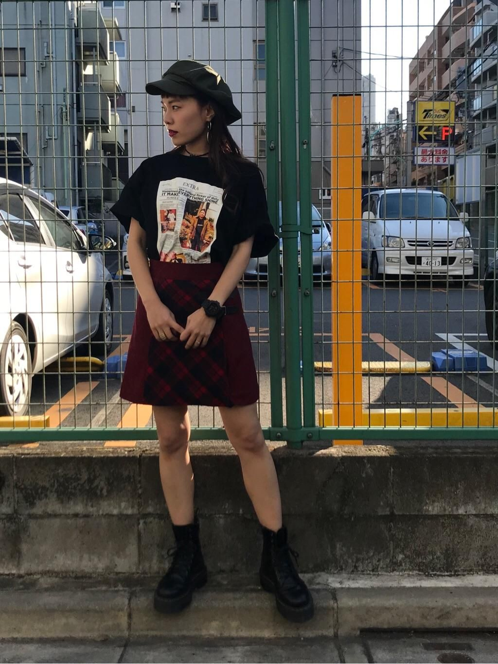 jouetie(ジュエティ) |YOUTH in LONDON NEWS PAPER TEE コーデ02